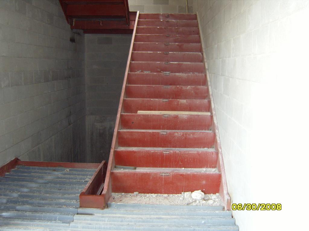 06-2008_stair_2_steel_being_installed.jpg